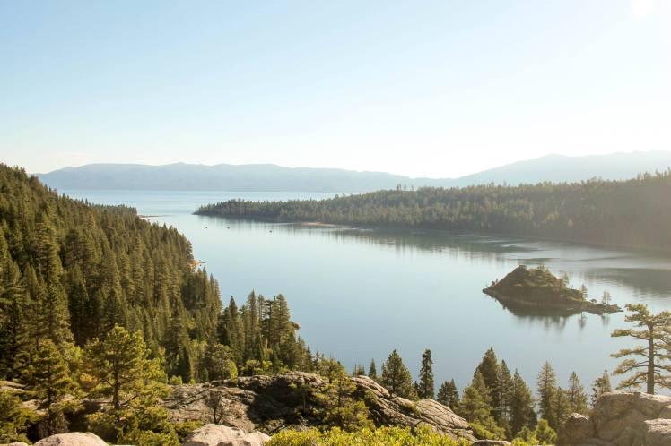 Lac tahoe en été